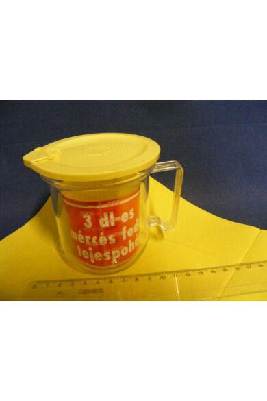 Mércés Kiöntő POHÁR műanyag 3dl fedővel tejes